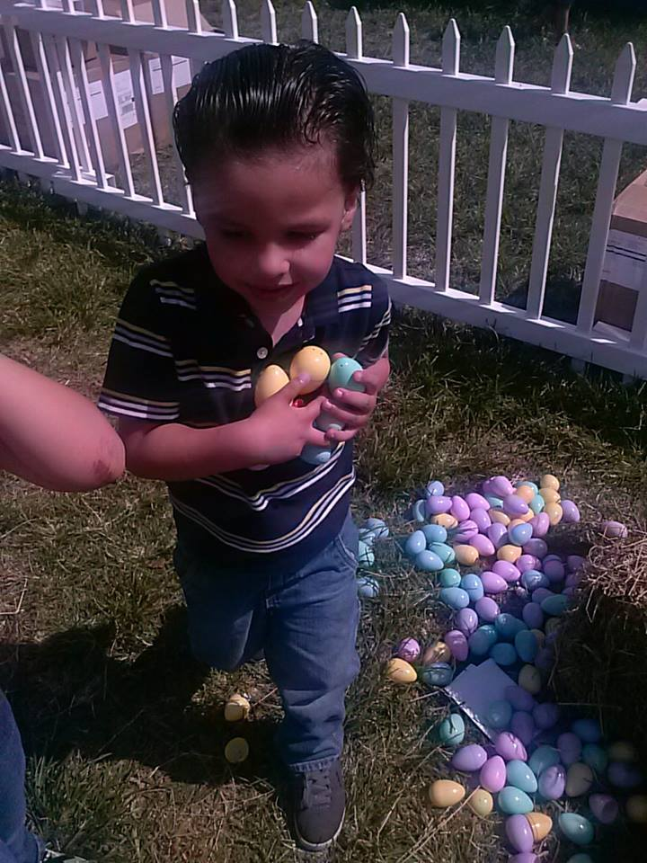 Joaquin egg hunting
