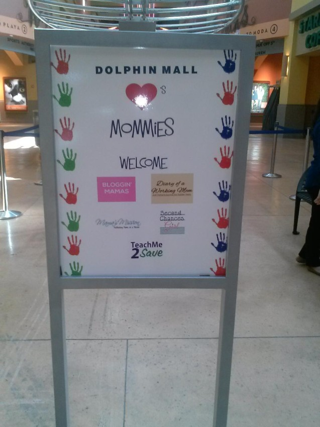 Dolphin Mall Greets Mom Bloggers
