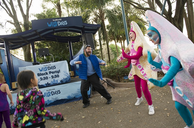 Sea World show