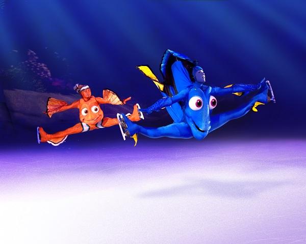 Disney On Ice Dory and Marlin