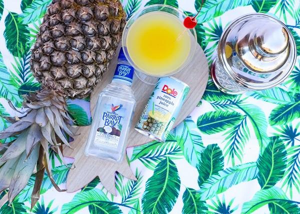 parrot bay resized pineapple glass can bottle shaker