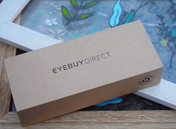 EyeBuyDirect-Social-Commerce-Mom-1-Facebook-Instagram-Image